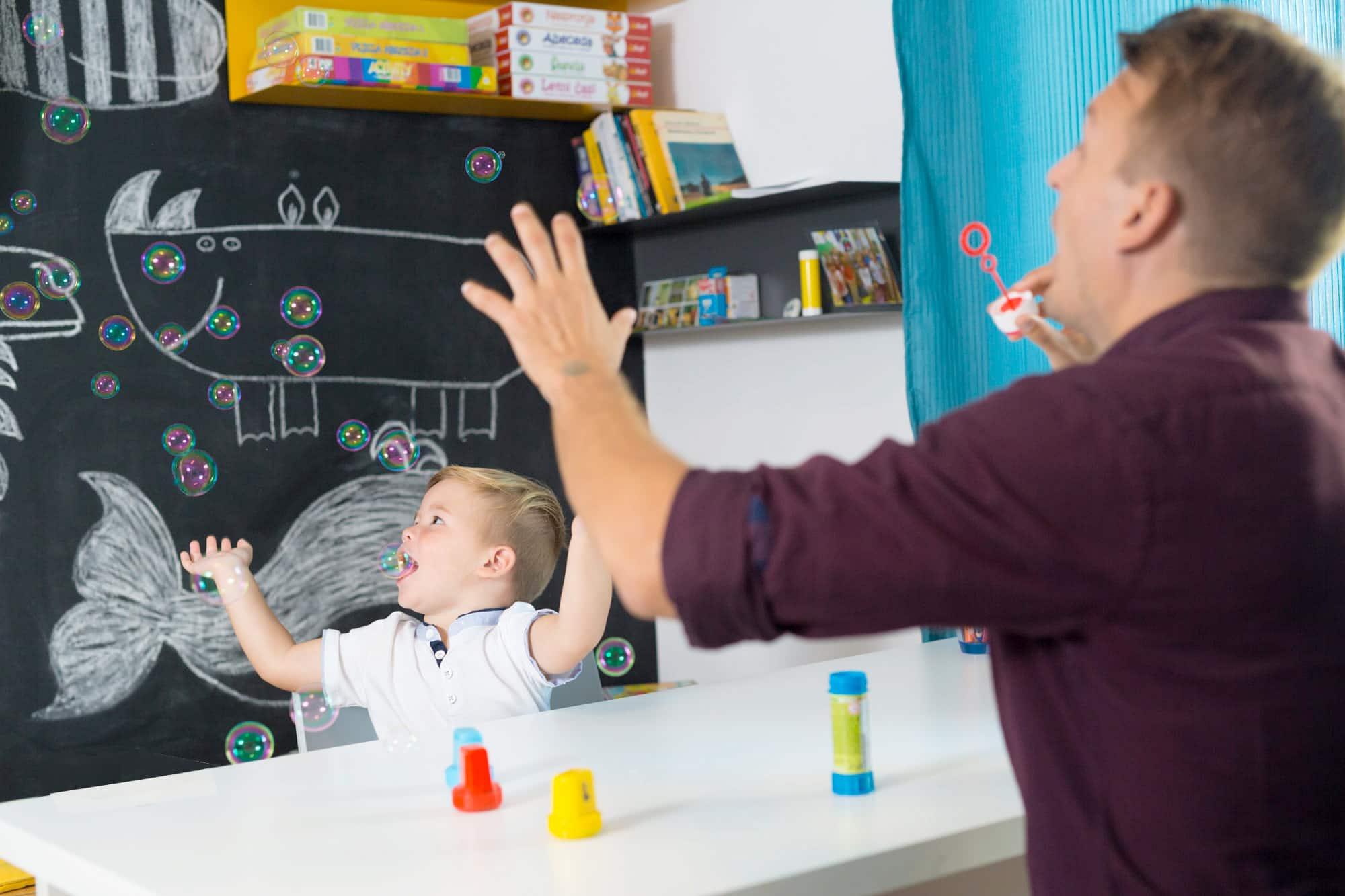 Çocuklarda Konuşma ve Dil Sorunları: Nasıl Yardım Edebilirsiniz?