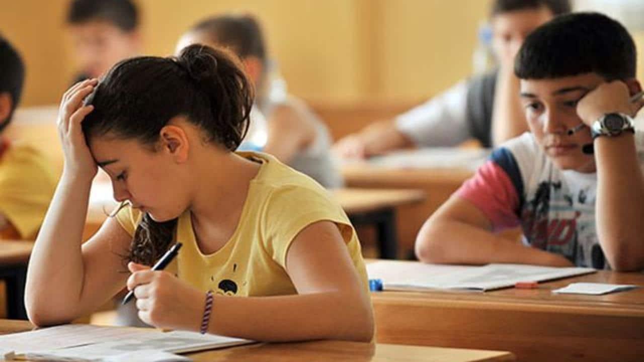 LGS ve YKS Yaklaşırken Sınav Kaygısını Aşmanın Yolları Nelerdir?